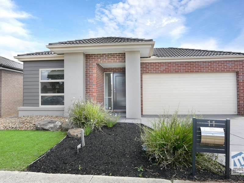 11 Mystic Grove, Point Cook, Vic 3030