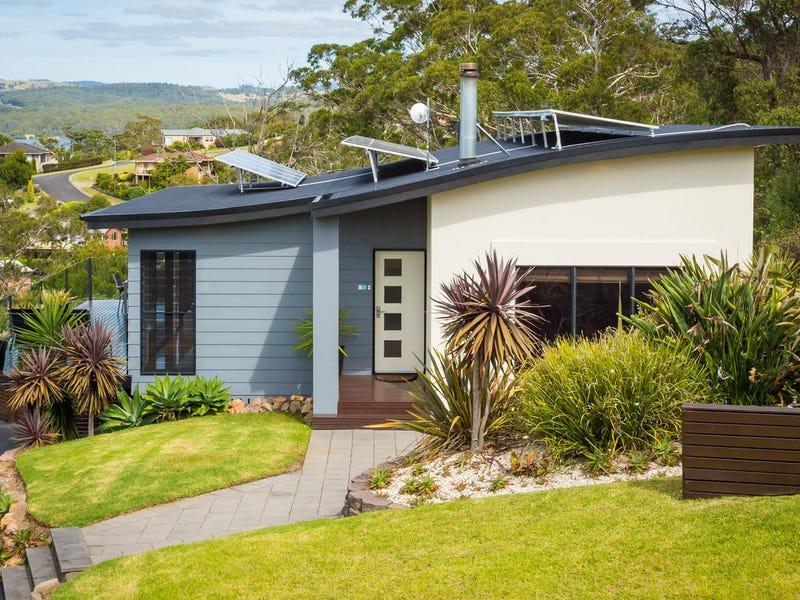 25 John Close, Merimbula, NSW 2548