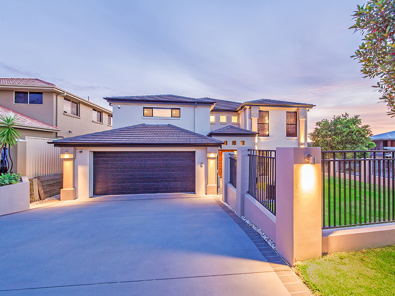 94 Behan Crescent, Wakerley, Qld 4154