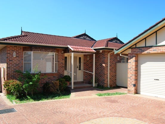 6 McCallum Street, Roselands, NSW 2196