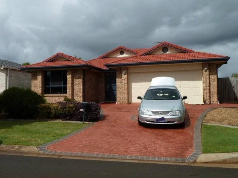 15 Seaholly Crescent, Victoria Point, Qld 4165