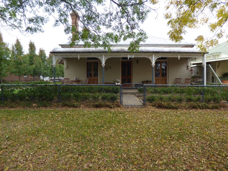 82 Thompson Street, Cootamundra, NSW 2590