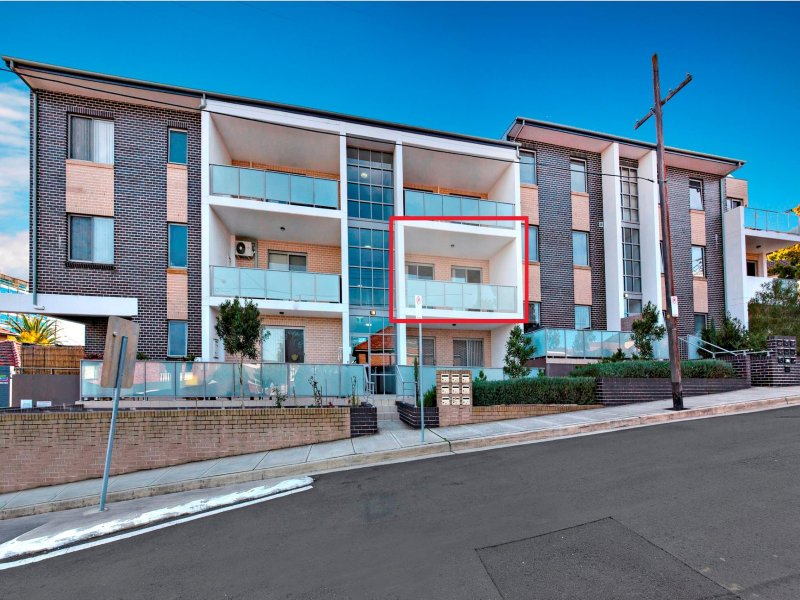 6/1-3 Bligh St (border BURWOOD), Burwood Heights, NSW 2136