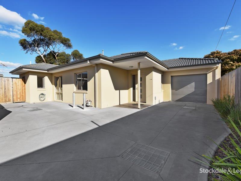 2/23 Peppercorn Parade, Epping, Vic 3076