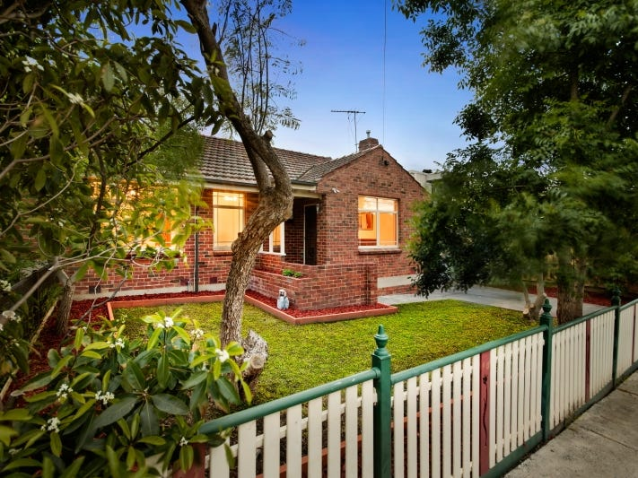 17 Malcolm Street, Preston, Vic 3072