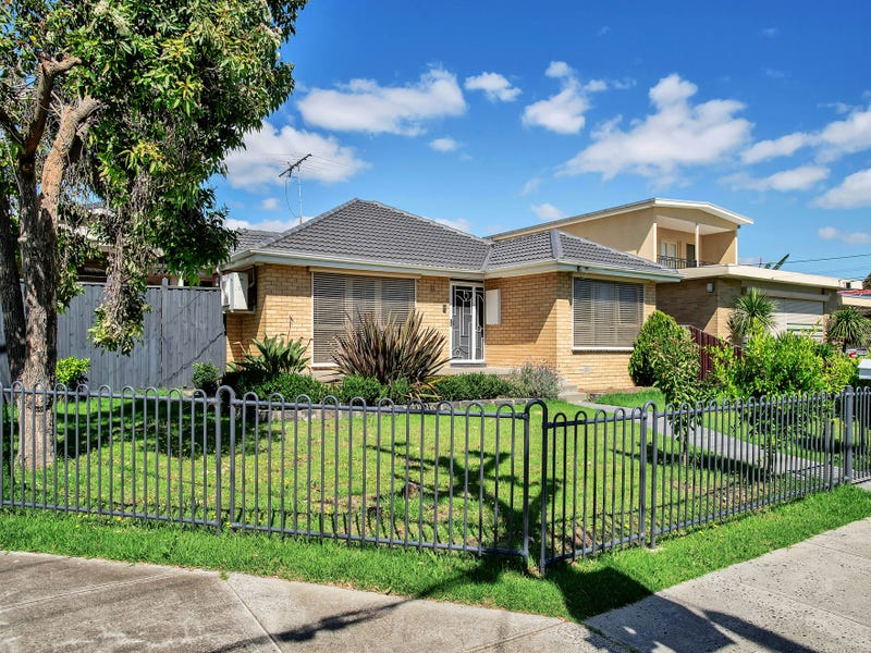 8 Christopher Cres, Tullamarine, Vic 3043
