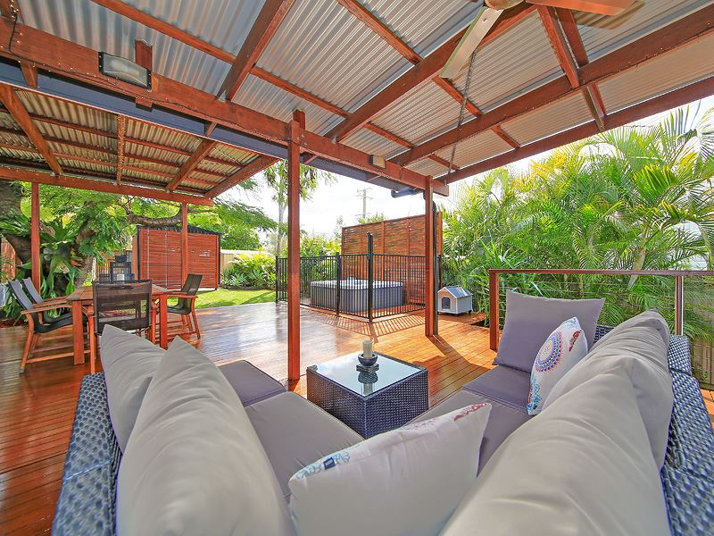 32 Derby St, Coorparoo, Qld 4151