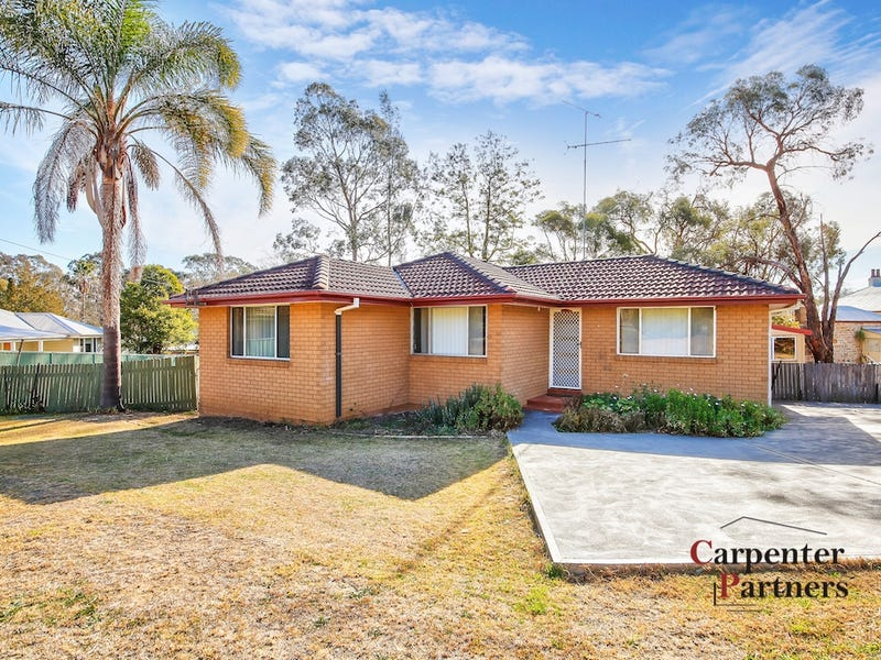 61 Remembrance Drive, Tahmoor, NSW 2573