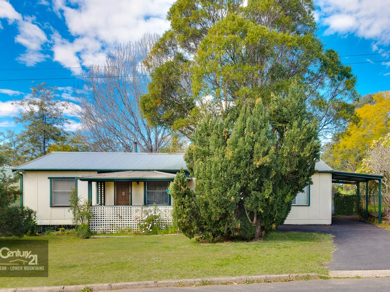 8 First Street, Warragamba, NSW 2752