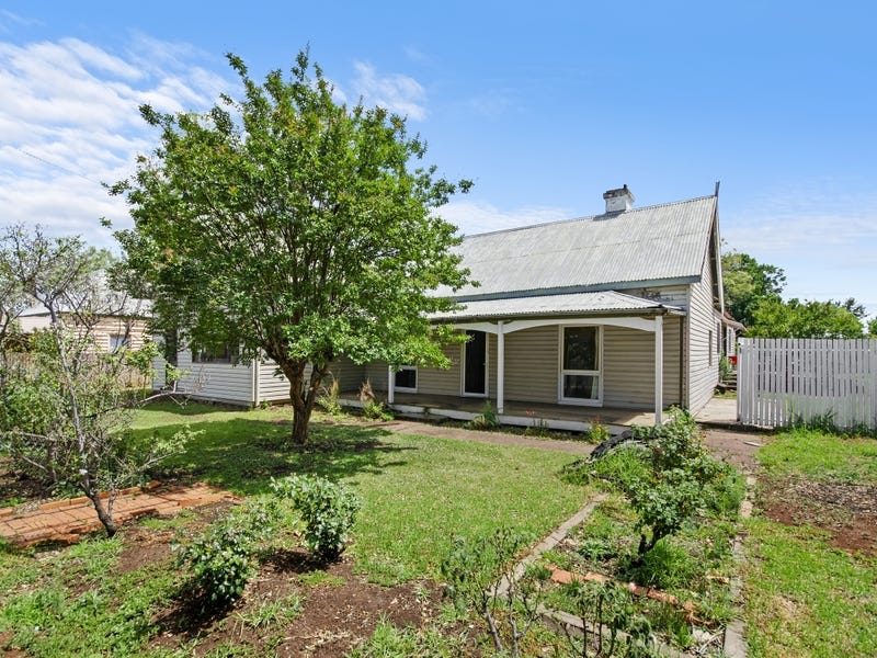 35 Henry Street, Quirindi, NSW 2343