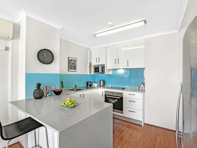 14B/114 Marine Parade, Southport, Qld 4215