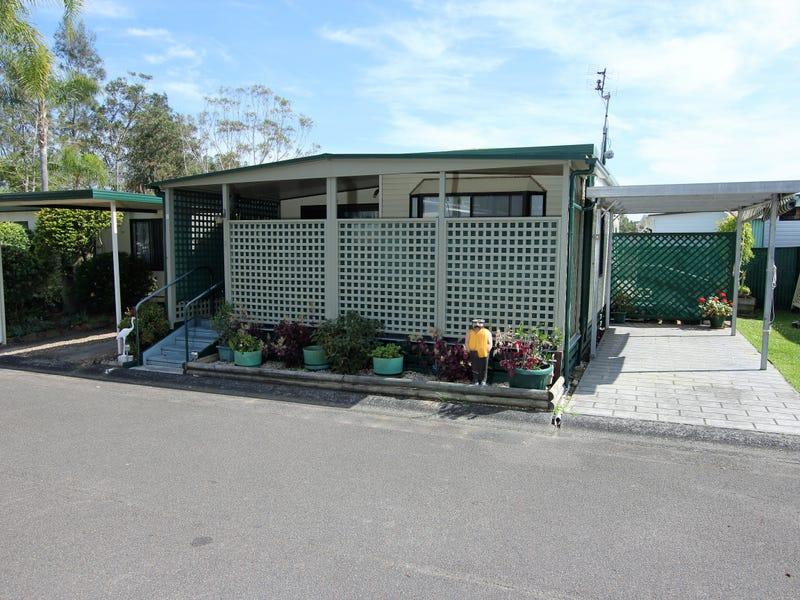 F2 Broadlands Estate, Green Point, NSW 2251