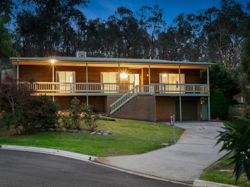 754 Hunter Court, Glenroy, NSW 2640