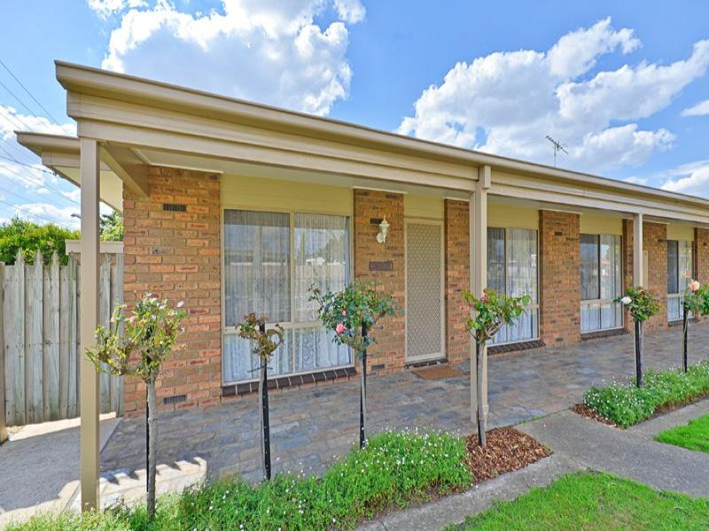 2/104 Braund Avenue, Bell Post Hill, Vic 3215