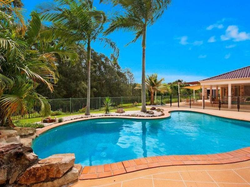 9 Ballymore Court, Banora Point, NSW 2486