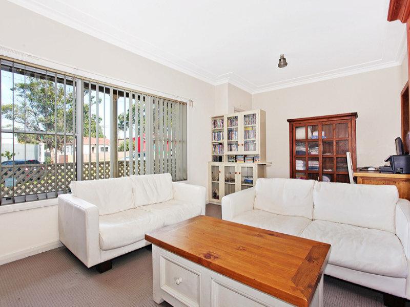 424 Lake Road, Argenton, NSW 2284