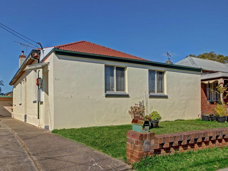100 Hillcrest Avenue, Hurstville Grove, NSW 2220