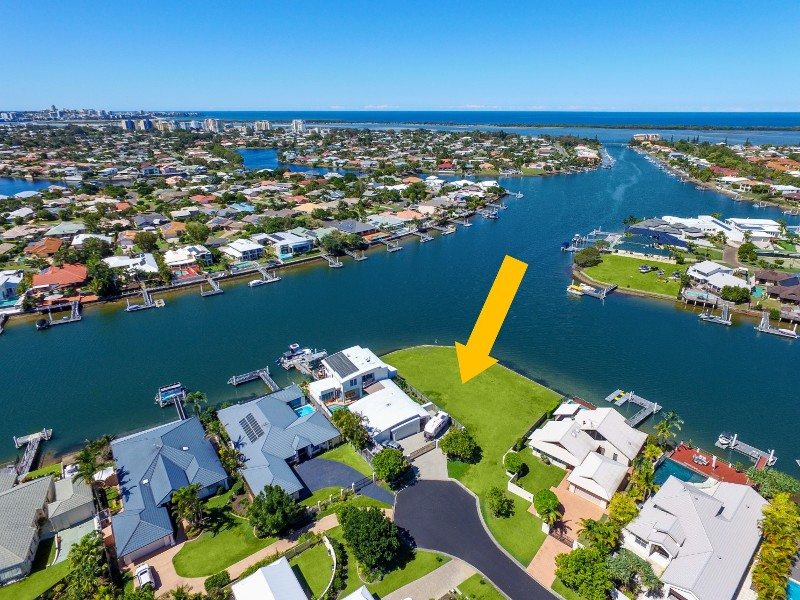 8 Delisser Place, Pelican Waters, Qld 4551