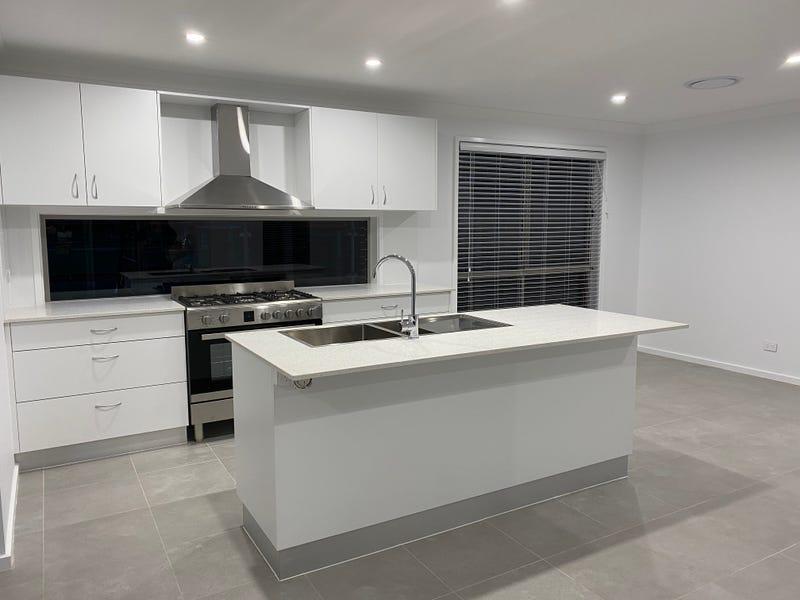 22 Pastureland Street, Kembla Grange, NSW 2526