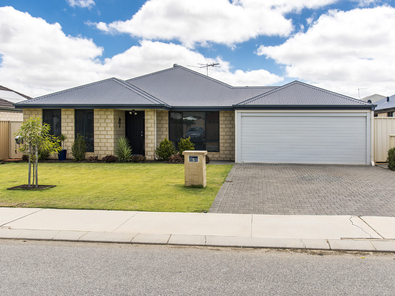 5 Hunt Road, Byford, WA 6122