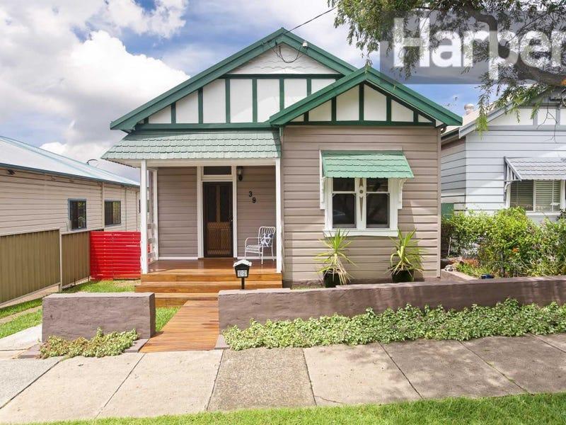 39 Crebert St, Mayfield East, NSW 2304