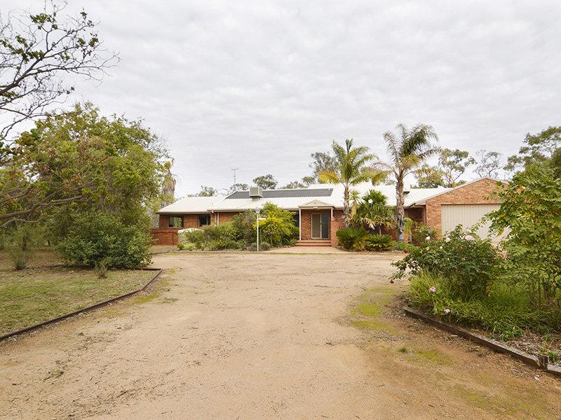 498 River Road, Dareton, NSW 2717