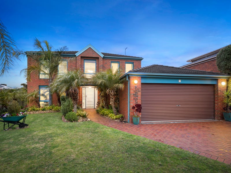 1 George Bass Avenue, Endeavour Hills, Vic 3802 - House for