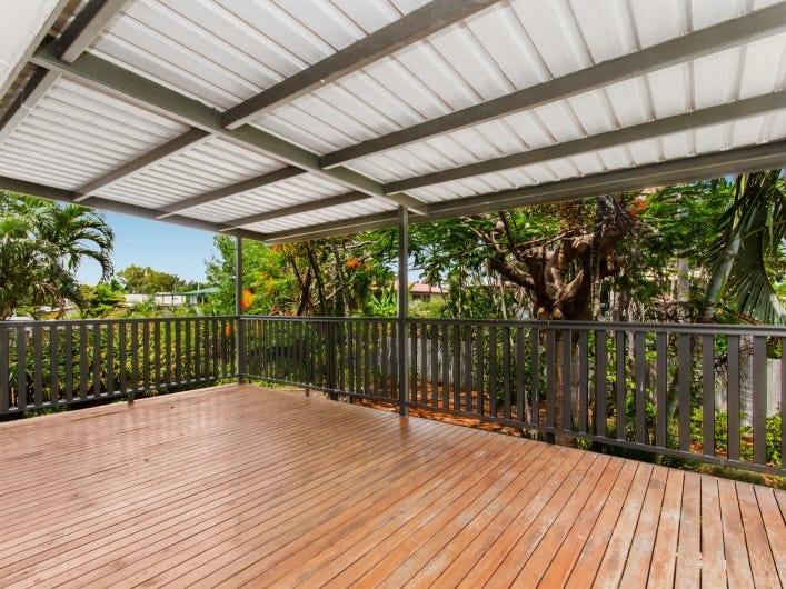 13 Mooney Street, Currajong, Qld 4812