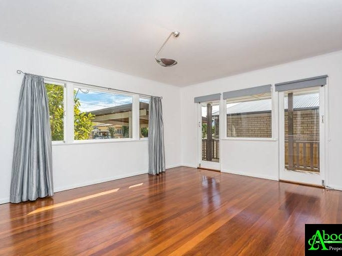 31a Campbell Street, Scarborough, Qld 4020