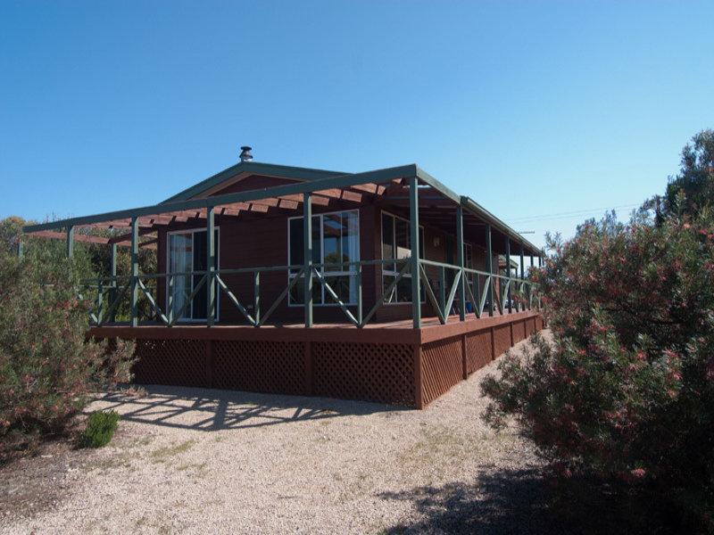 3 McEachern's Beach  Road, Port Moorowie, SA 5576