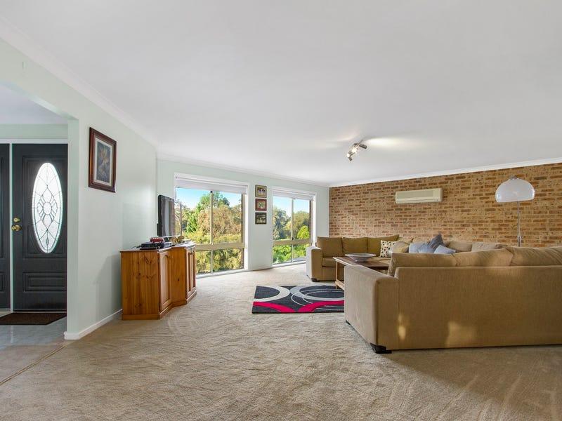 53 Karoola Crescent, Surfside, NSW 2536
