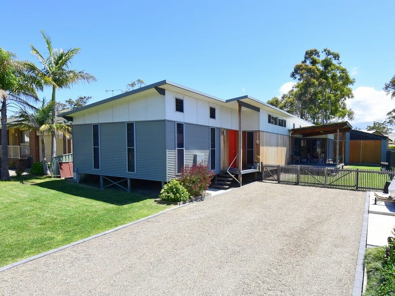 13 Lackersteen Street, Callala Bay, NSW 2540