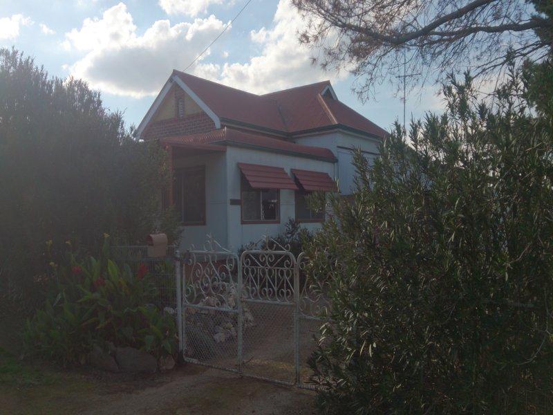 151 North Street, Harden, NSW 2587
