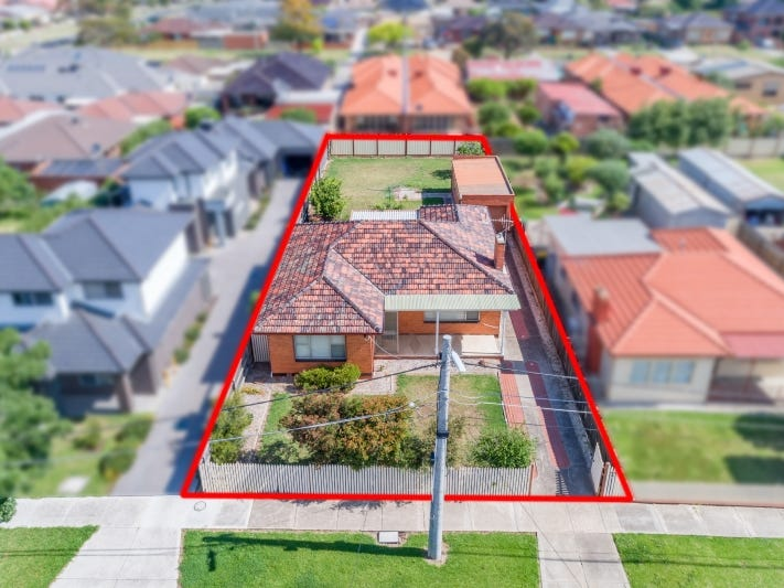 19 Robson Avenue, Avondale Heights, Vic 3034