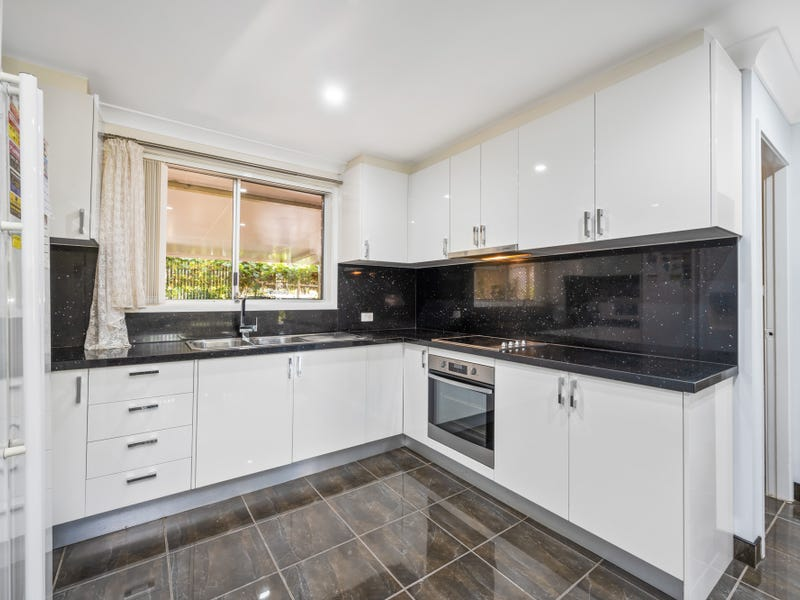 11 Shawnee Street, Greenfield Park, NSW 2176