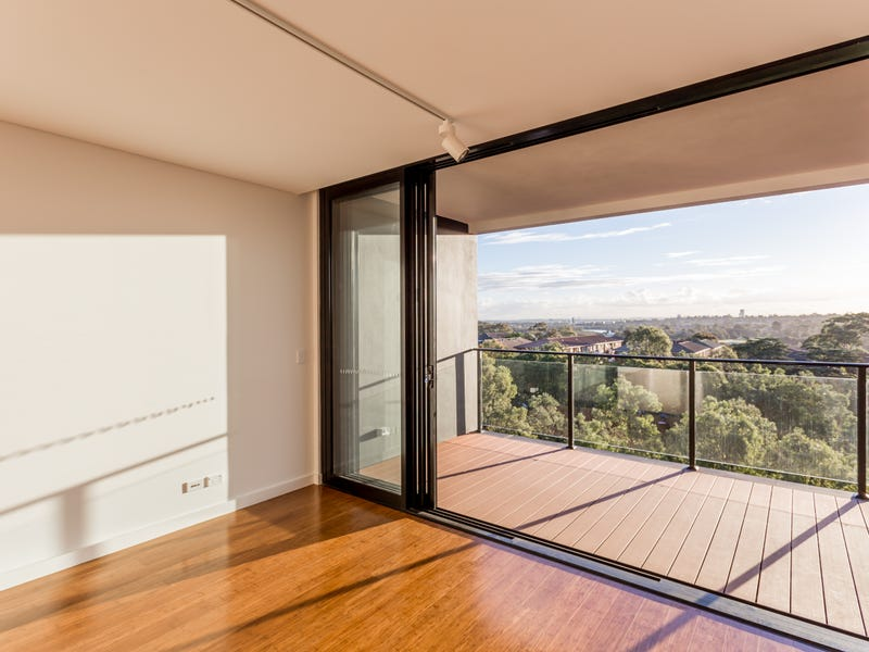 61/21 Bay Drive, Meadowbank