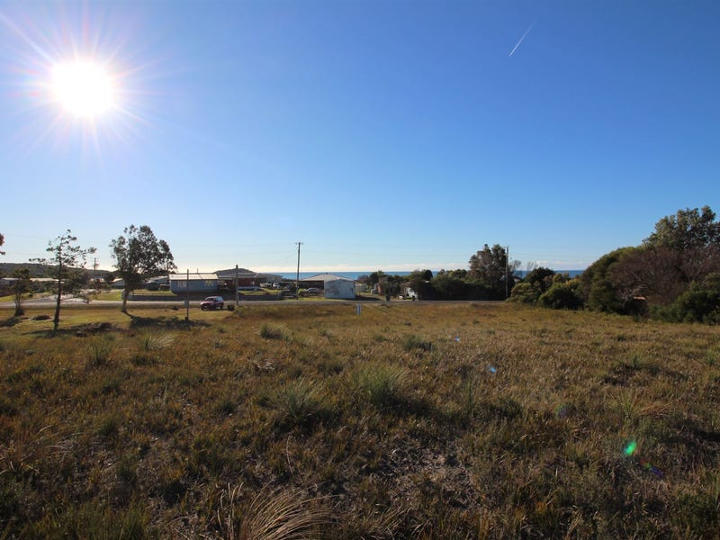 27 Carins Close, Tomahawk, Tas 7262