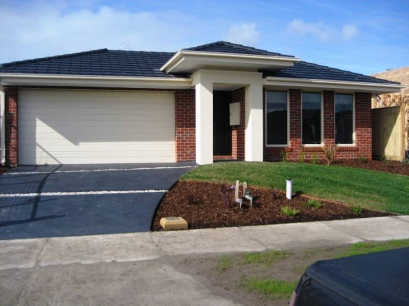 56 Clarendon Drive, Keysborough, Vic 3173