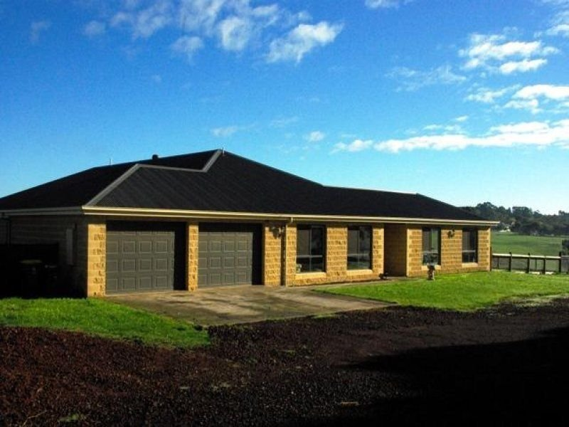 27 Old Port Campbell Road, Cobden, Vic 3266