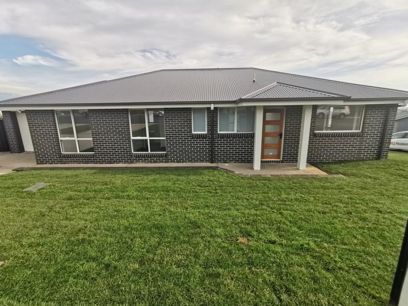 Unit 1/34 Tenzing Drive, St Leonards, Tas 7250