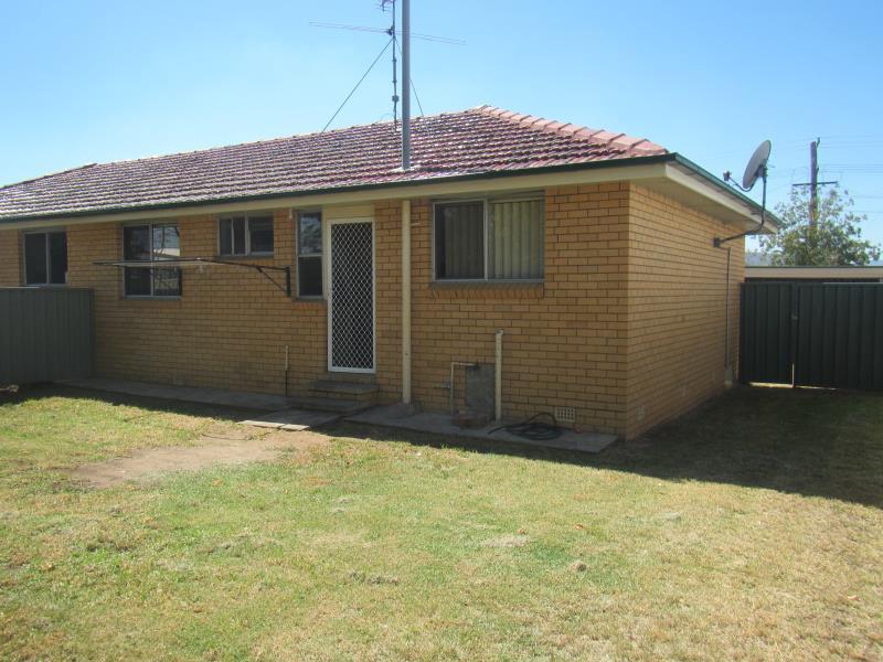 4/247 Goonoo Goonoo Road, Tamworth, NSW 2340