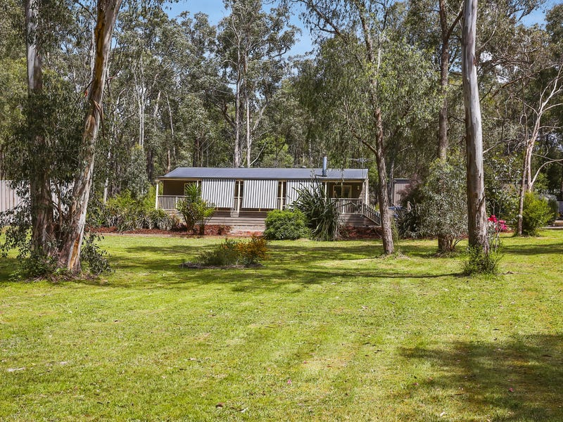 26 Reefton (via Ash Court) Drive, McMahons Creek, Vic 3799