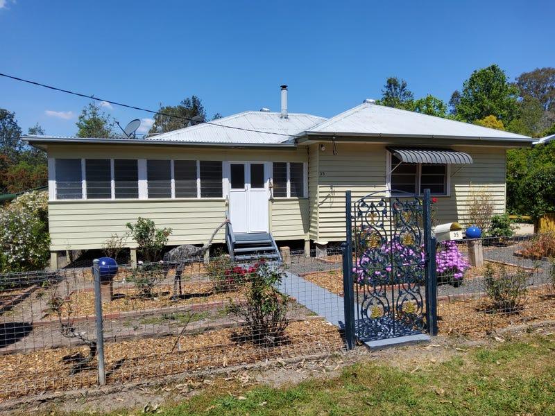 35 Oak Street, Bonalbo, NSW 2469