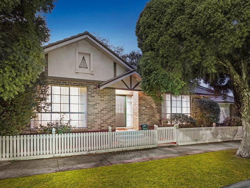 24 Wimmera Avenue, Reservoir, Vic 3073