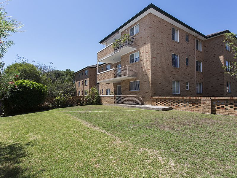 2/11-15 Kiora Road, Miranda, NSW 2228