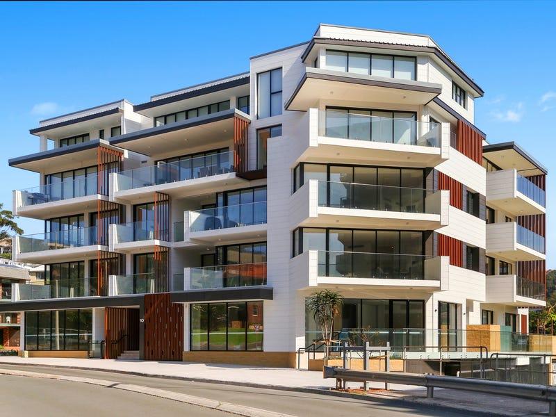 205/10 Pinetree Lane, Terrigal, NSW 2260