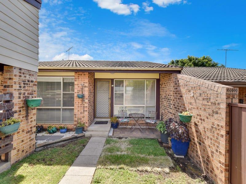 11/5 Robin Place, Ingleburn, NSW 2565