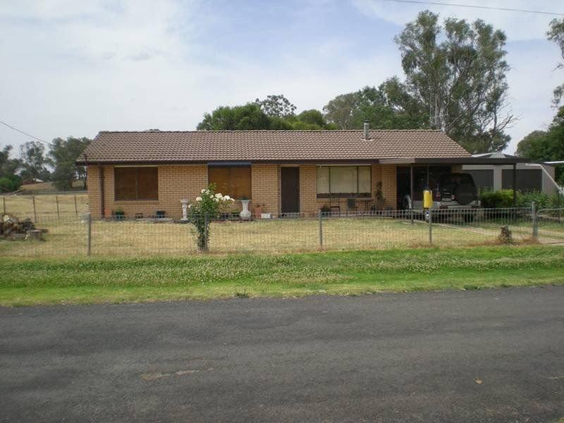 4 Beatty Street, Cumnock, NSW 2867