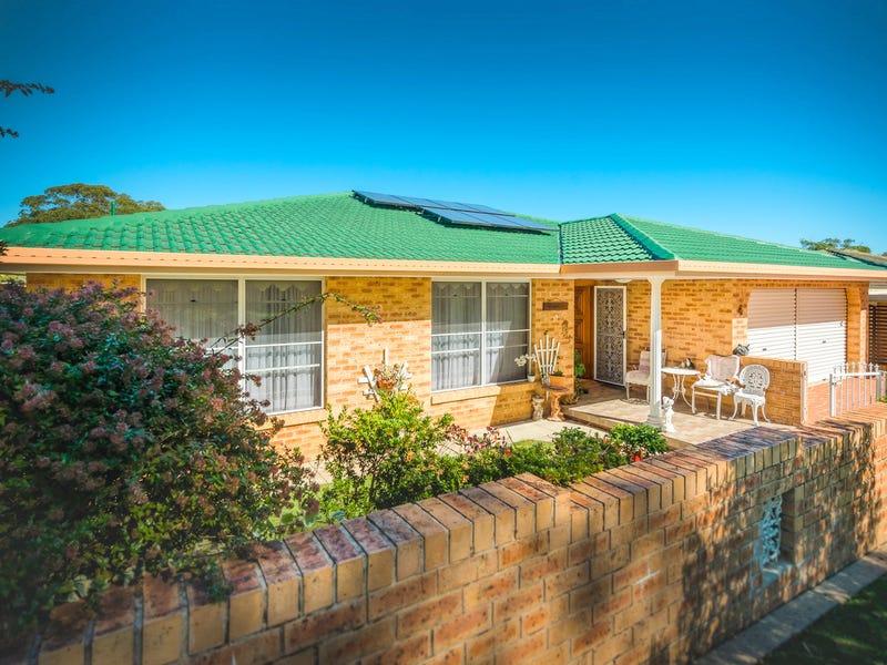 19 Crescent Street, Urunga, NSW 2455