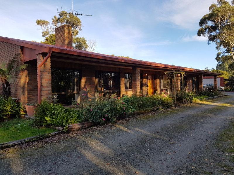 43 Yannathan Road, Nyora, Vic 3987